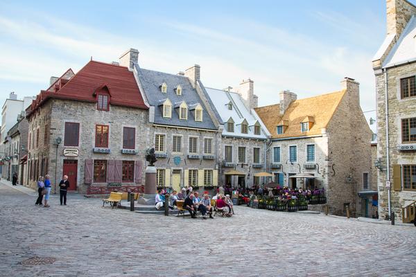 17 century buildings in Old Quebec